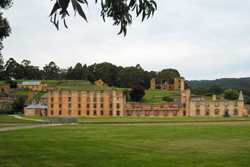 Grand Historical Port Arthur Walking Tour from Hobart
