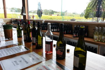 Yarra Valley Wine Tasting Day Tour with Chocolaterie and Ice Creamery...