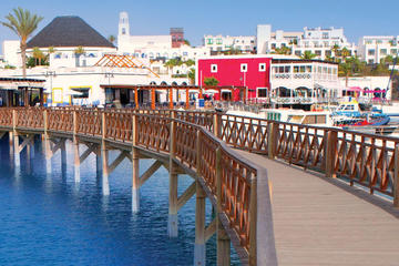 Lanzarote, Papagayo Beach, Market...
