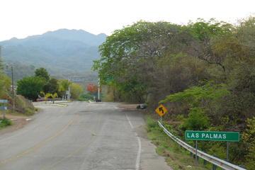 Bike Tour from Puerto Vallarta to Las Palmas Including Lunch