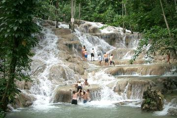 Shore Excursions - Dunn's River Falls Tour from Runaway Bay