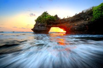 Tanah Lot Sunset Tour with Kecak Show and Dinner