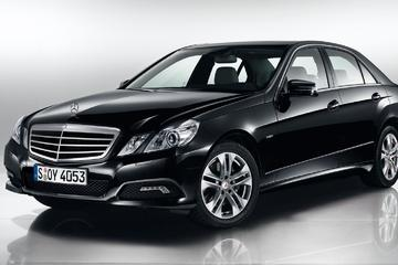 Private Transfer Milan Linate Airport LIN to Milan City in Business Class  MB E