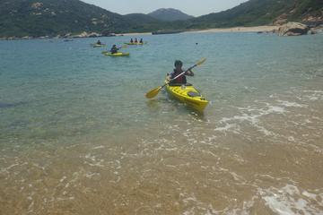 Lamma Island Kayaking Tour and Hike from Hong Kong