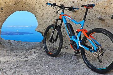 Santorini Cross Island Ebike Tour
