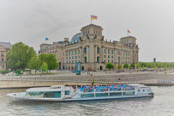 1-Hour City Cruise in Berlin: History and Main Attractions
