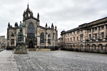 Old Town Edinburgh 2-Hour Guided Tour