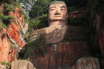 Chengdu Leshan Giant Buddha Private Day Tour