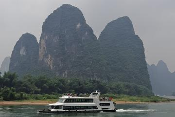 Full-Day Guilin Li-River Cruise & Yangshuo Liusanjie Show Private Day Tour