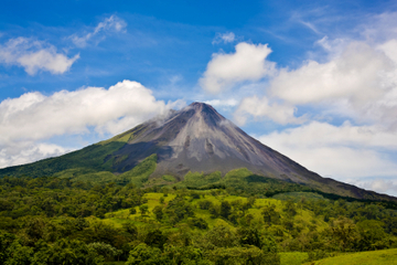 Excursão de caminhada pelo vulcão...