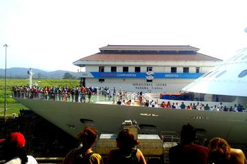 Cruiseline Excursion Colon: Excursão...