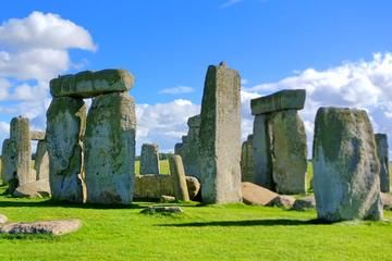All-Inclusive Stonehenge and Authentic England Small-Group Tour from...