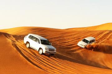 Dubai Desert Safari Tour with BBQ Dinner and Entertainment