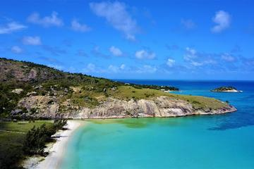 Lizard Island Helicopter Tour from Cairns Including Snorkling on the Great Barrier Reef and Picnic Lunch