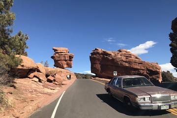 Private Pikes Peak Country Tour in a Luxury Vehicle