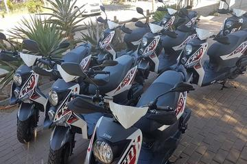 Scooter hire 1 hour driver with...