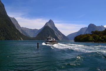 Full-Day Milford Sound Extraordinaire ...