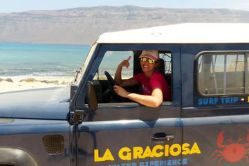 2,5 Hour Jeep Tour in La Graciosa