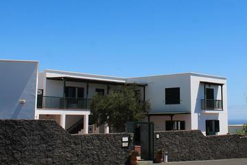 Visit Jose Saramago House Museum in Lanzarote