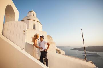 Travelshoot - 1-2 Hour Private Photo Session Santorini