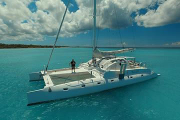Private Catamaran Cruise Aboard the 'Quetzal'