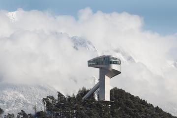 Entrada al estadio Bergisel Ski Jump...