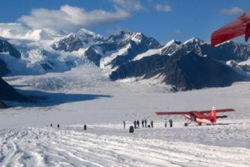Day Trip Denali Flyer Tour near Talkeetna, Alaska