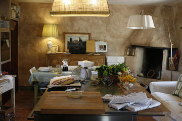 Boutique Cooking Class in a 17th Century Tuscan Estate in Chianti