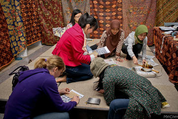 Private Tour: Half-Day Introduction to Batik in Jakarta