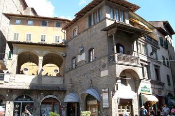 Full-Day Private Walking Tour of Cortona