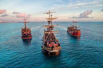Barco pirata con el capitán Garfio...