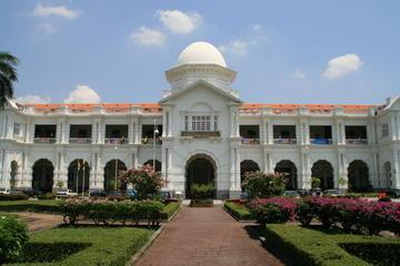 Ipoh Heritage with Batu Gajah Kellie's Castle Tour  Visit Old St Michaels Building - Railway Station - Perak Caves and Concubine Street