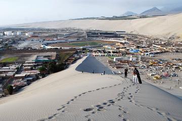 Sandboarding Lesson in Trujillo