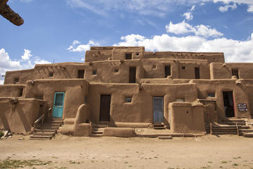 Day Trip Taos Highlights Small-Group Driving Tour near Taos, New Mexico