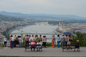 Budapest: City Tour with Danube Cruise