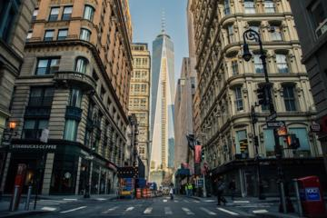 Small Group Guided Walking Combo Tour of Lower and Midtown Manhattan