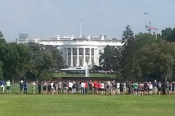 Private White House and Capital Views Outdoor Walking Tour