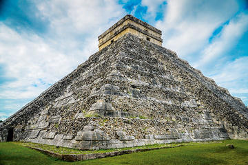 Chichen Itza Day Tour with Cenote and Valladolid f