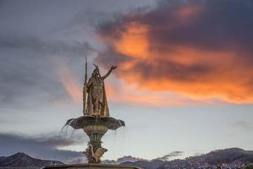 Cuzco por la noche con Pisco Sour y...