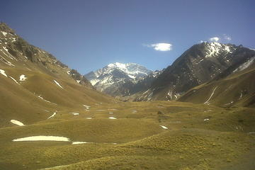 Full-day Andes, Aconcagua National Park, and Uspallata Tour from Mendoza