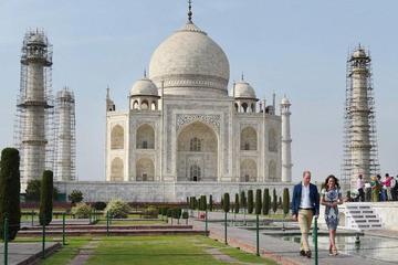1 DAY DELHI AND 1 DAY AGRA TOUR