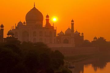 Taj Mahal In Summer