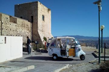Tuk Tuk Tour im Zentrum von Cagliari...
