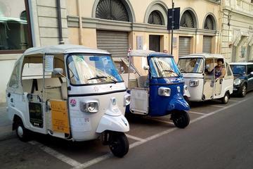Tuk Tuk tour in the centre of Cagliari