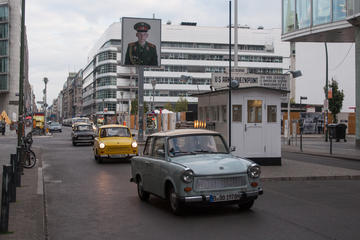 2-Hour Trabant Vintage Car Rental in Berlin