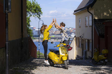 Stockholm Vespa Tour with GPS - 1 Day
