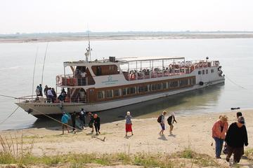 Sightseeing Cruise from Mandalay to Bagan