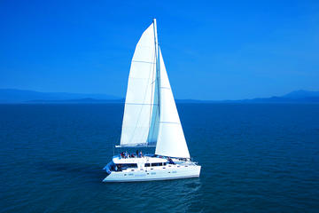 Aquarius Luxury Sailing to Outer Barrier Reef from Port Douglas