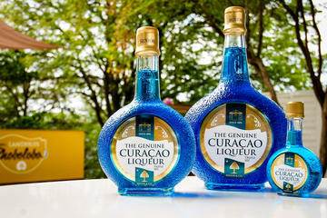 Blue Curaçao Cocktail Expererience