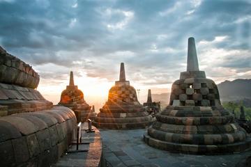 Private Tour: Full Day Borobudur Sunrise Tour Including  Prambanan...